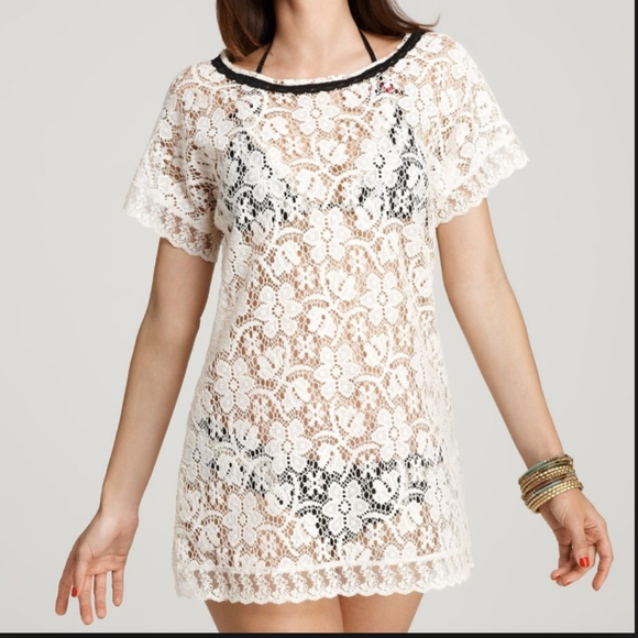 Betsey Johnson Other - Betsey Johnson Swim Lace Cover up